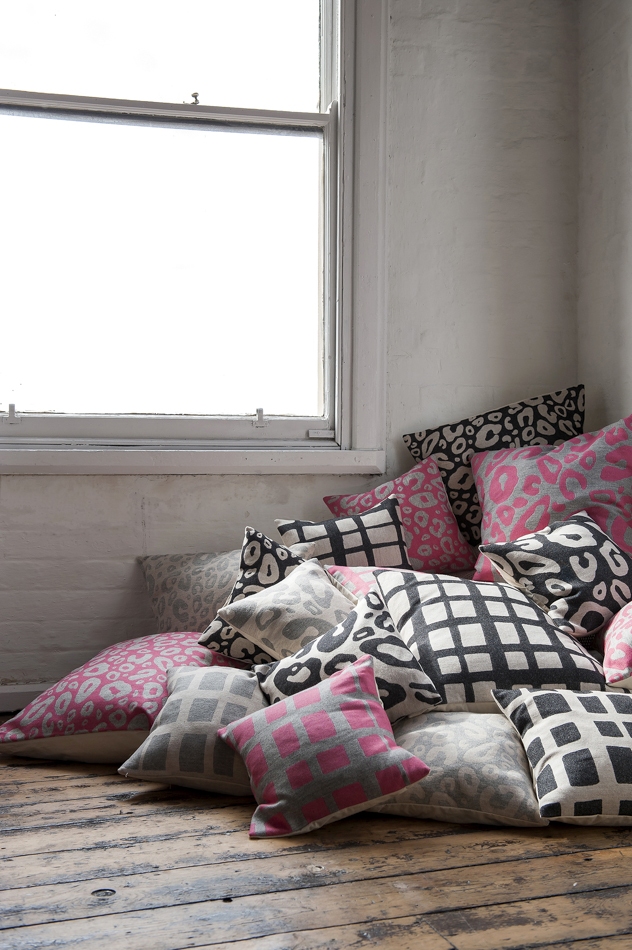 Tori Murphy cushions – 7 lovely things for the weekend at http://www.ellasplace.co.uk