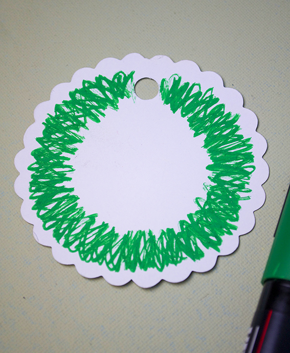 Ella Johnston Christmas Wreath gift tag tutorial